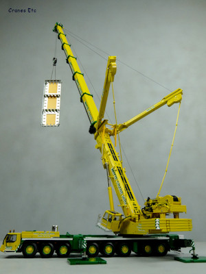 W Crane Guy WSI 01-1847 Lie...